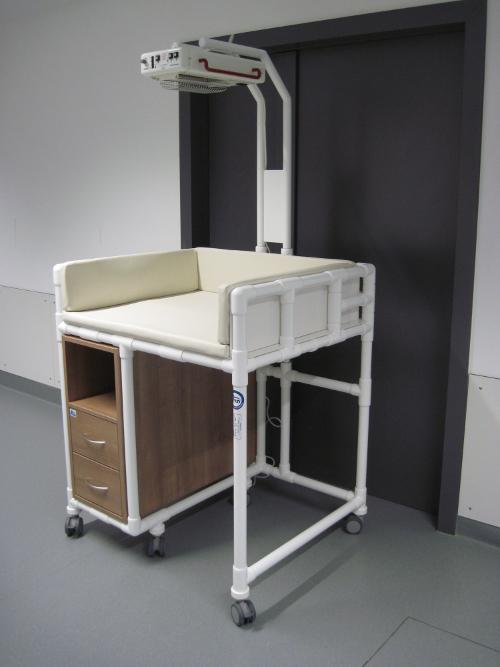 wickeltisch fr badewanne selber bauen wickelauflage. Black Bedroom Furniture Sets. Home Design Ideas